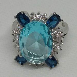 Jewelry - Beautiful blue stone statement ring marked 925